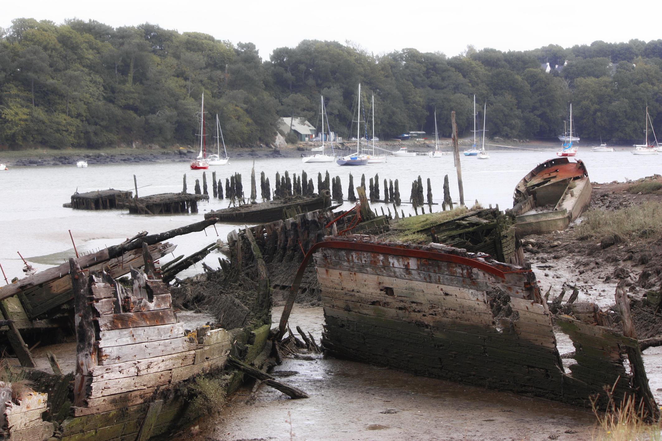 Cimetière de bateaux à Lanester 12