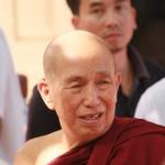 moine au monastere