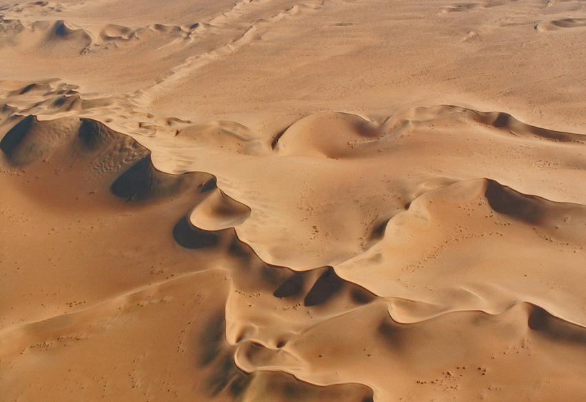 dunes NAMIB 1jpg