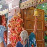 priere au temple hindou